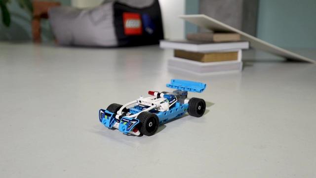 LEGO Technic - Polizei-Verfolgungsjagd 42091 Video 3