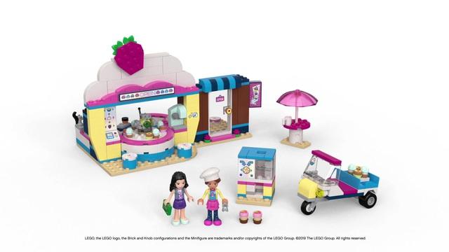 LEGO Friends - Olivias Cupcake Café 41366 Video 3